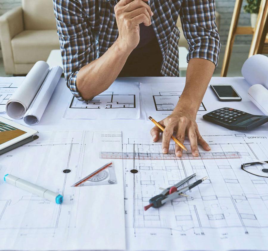 architetto-disegno-cad-progettazione